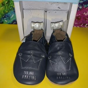 Nwt robeez soft shoes for baby